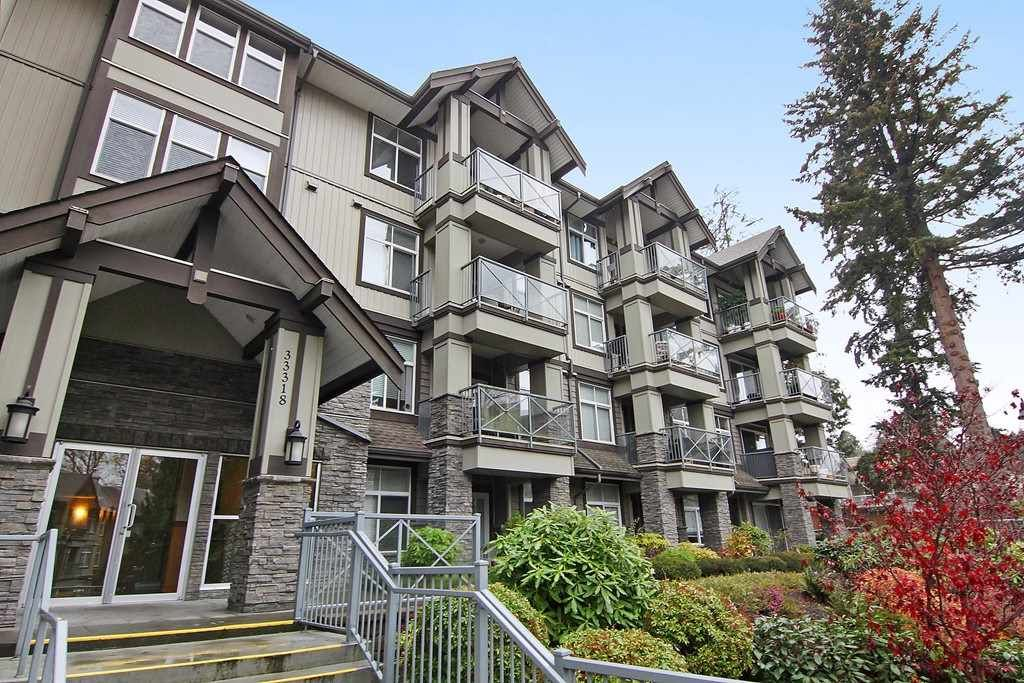 "Main Photo: 307 33318 E BOURQUIN Crescent in Abbotsford: Central Abbotsford Condo for sale in ""Natures Gate"" : MLS®# R2323365"
