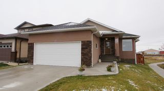 Photo 1: 47 Courageous Cove in Winnipeg: Transcona Residential for sale (North East Winnipeg)  : MLS®# 1220821
