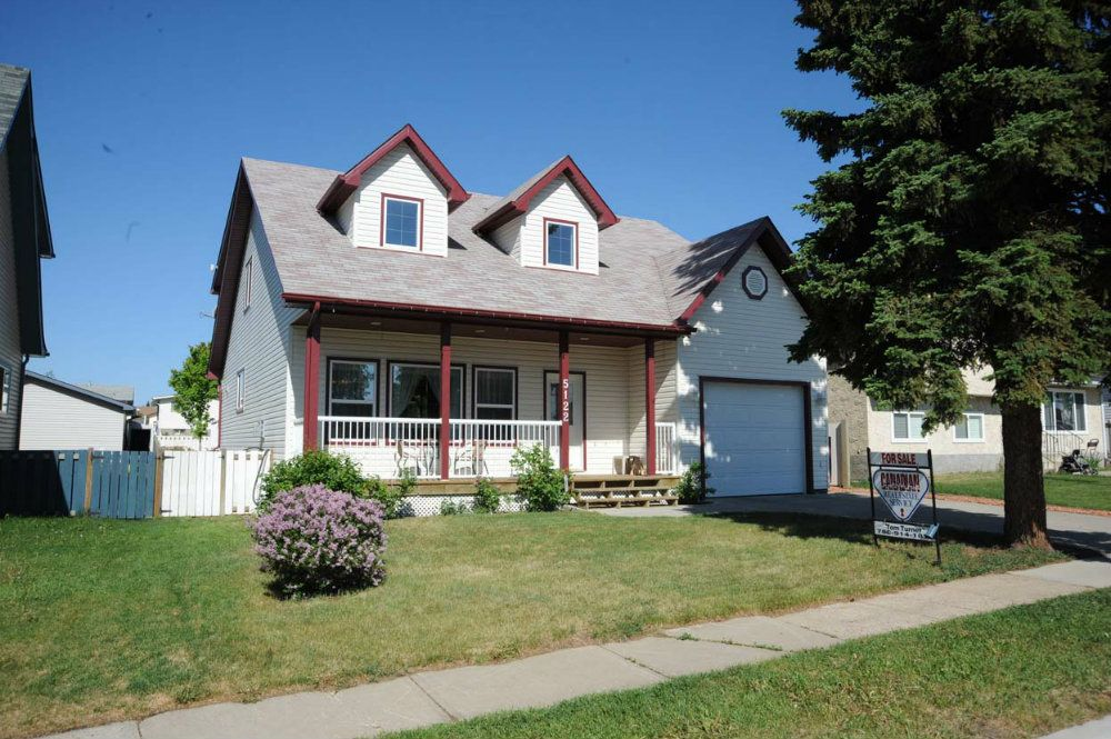 Main Photo: 5122 50 Street in Legal: House for rent