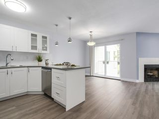 "Photo 7: 8 12915 16 Avenue in Surrey: Crescent Bch Ocean Pk. Townhouse for sale in ""Ocean Park Village"" (South Surrey White Rock)  : MLS®# R2179780"