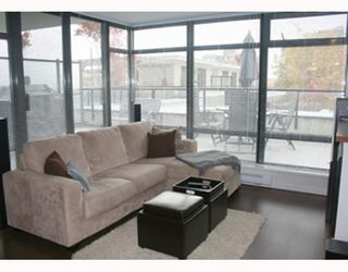 """Photo 2: 303 610 VICTORIA Street in New_Westminster: Downtown NW Condo for sale in """"THE POINT"""" (New Westminster)  : MLS®# V752924"""
