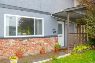 Photo 1: 728 Danbrook Ave in : La Langford Proper Half Duplex for sale (Langford)  : MLS®# 858966