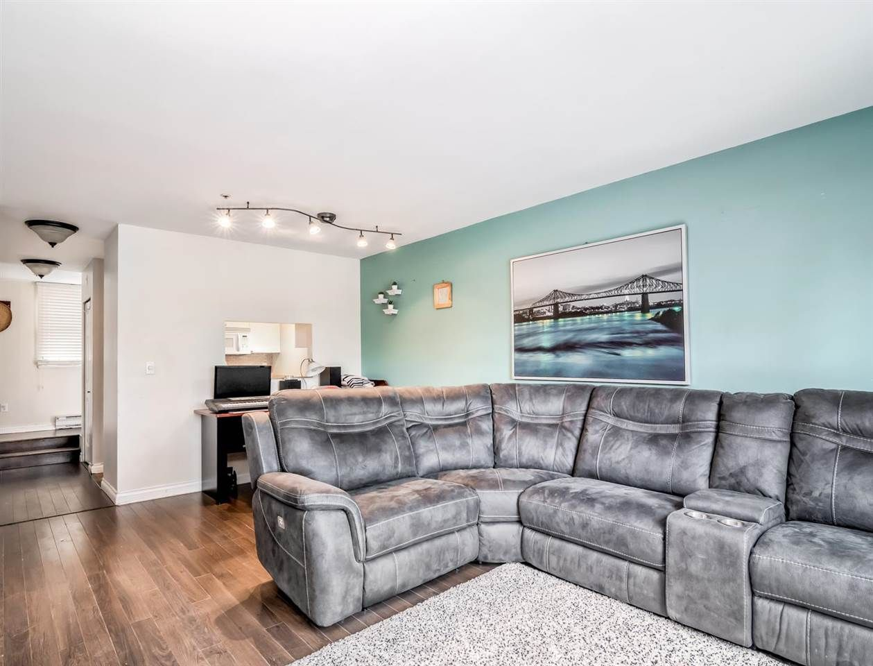 """Main Photo: 14 3200 WESTWOOD Street in Port Coquitlam: Central Pt Coquitlam Condo for sale in """"Hidden Hills"""" : MLS®# R2585501"""