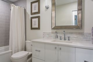 "Photo 17: 302 1720 W 12TH Avenue in Vancouver: Fairview VW Condo for sale in ""TWELVE PINES"" (Vancouver West)  : MLS®# R2079599"