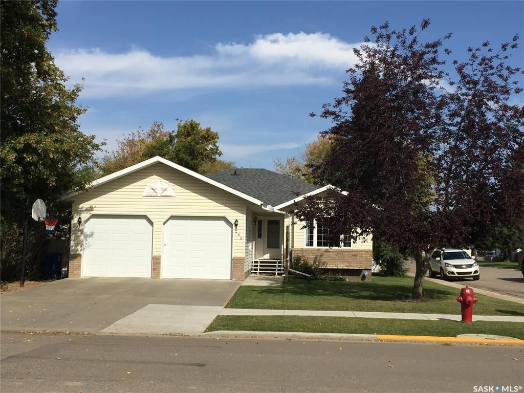 Main Photo: 299 4th Avenue East in Unity: Residential for sale : MLS®# SK814655