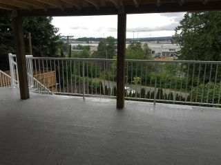 """Photo 7: 11380 RIVER Road in Surrey: Royal Heights House for sale in """"ROYAL HEIGHTS"""" (North Surrey)  : MLS®# R2423198"""