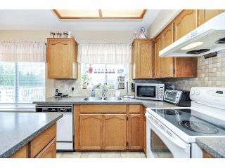 Photo 8: 2426 MARIANA Place in Coquitlam: Cape Horn House for sale : MLS®# V1058904