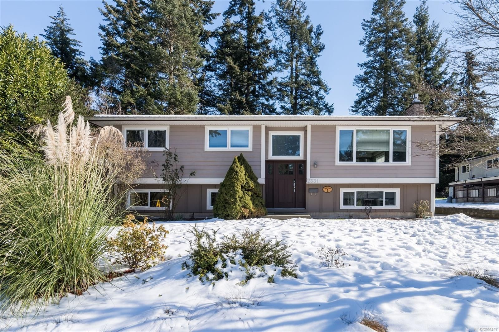 Main Photo: 2331 Bellamy Rd in : La Thetis Heights House for sale (Langford)  : MLS®# 866457