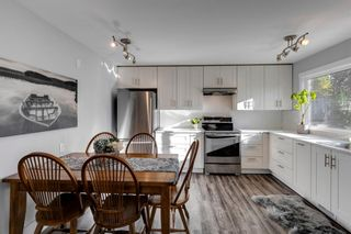 Photo 12: 6310 37 Street SW in Calgary: Lakeview Semi Detached for sale : MLS®# A1147557