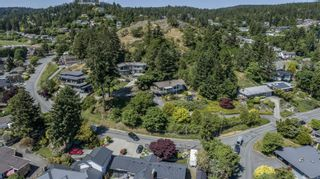 Photo 16: 1431 Sherwood Dr in Nanaimo: Na Departure Bay Other for sale : MLS®# 883758