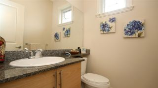 Photo 12: 17 1211 EWEN AVENUE in New Westminster: Queensborough Townhouse for sale : MLS®# R2043913
