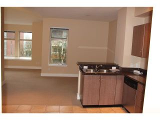 Photo 16: # 401 118 W 22ND ST in North Vancouver: Central Lonsdale Condo for sale : MLS®# V1049976