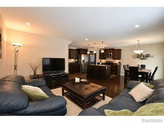 Photo 8: 5325 DEVINE Drive in Regina: Lakeridge Addition Single Family Dwelling for sale (Regina Area 01)  : MLS®# 598205