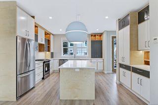 Photo 6: 4 3103 Washington Ave in : Vi Burnside House for sale (Victoria)  : MLS®# 870331