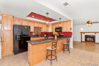 Photo 8: SPRING VALLEY House for sale : 3 bedrooms : 1015 Maria Avenue