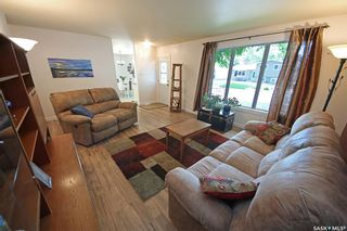 Photo 10: 212 Tremaine Avenue in Regina: Walsh Acres Residential for sale : MLS®# SK858698