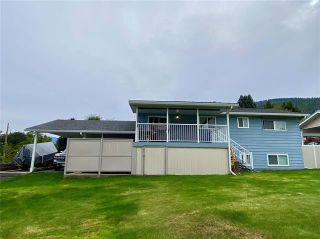 Photo 2: 2051 12 Street, SW in Salmon Arm: House for sale : MLS®# 10240208