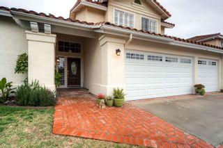 Photo 2: ENCINITAS House for sale : 5 bedrooms : 1424 Wildmeadow Pl