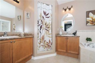 Photo 5: 88 Beachgrove Crest in Whitby: Taunton North House (2-Storey) for sale : MLS®# E3445699