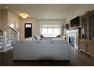"Photo 2: 128 GLYNDE Avenue in Burnaby: Capitol Hill BN House for sale in ""CAPITOL HILL"" (Burnaby North)  : MLS®# V1052791"