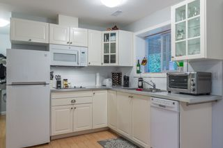 """Photo 12: 18364 63A Avenue in Surrey: Cloverdale BC House for sale in """"Don Christian Elem Area"""" (Cloverdale)  : MLS®# R2151811"""
