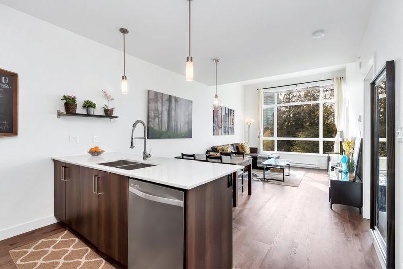FEATURED LISTING: 422 - 7058 14TH Avenue Burnaby
