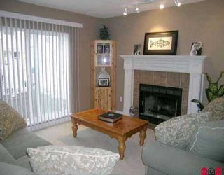 """Photo 2: 156 10077 156TH ST in Surrey: Guildford Townhouse for sale in """"GUILDFORD PARK ESTATES"""" (North Surrey)  : MLS®# F2513960"""
