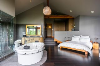Photo 10: 1280 COWAN POINT Drive: Bowen Island House for sale : MLS®# R2562617