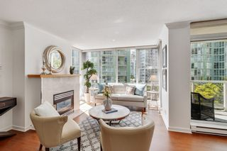 """Photo 3: 805 1077 MARINASIDE Crescent in Vancouver: Yaletown Condo for sale in """"MARINASIDE RESORT RESIDENCES"""" (Vancouver West)  : MLS®# R2582229"""