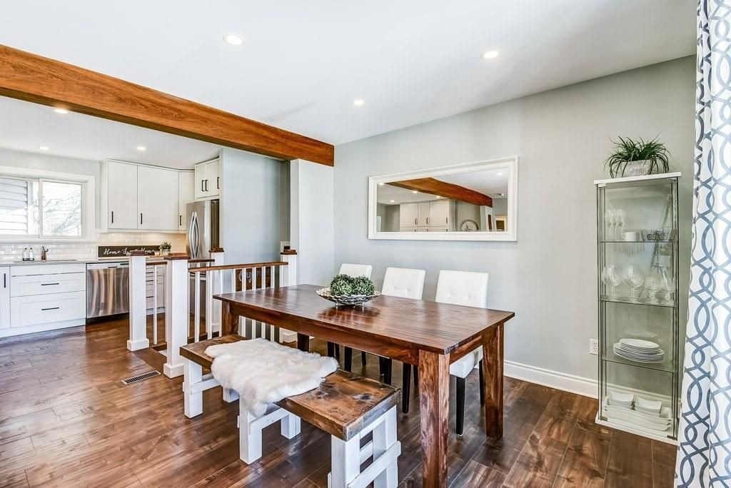 Photo 6: Photos: 2344 Redfern Road in Burlington: Residential for sale : MLS®# H4096947