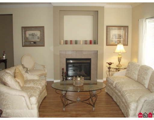 """Photo 7: Photos: 18267 64TH Avenue in Surrey: Cloverdale BC House for sale in """"CLAYTON RIDGE"""" (Cloverdale)  : MLS®# F2913743"""