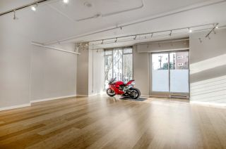 """Photo 6: 299 ALEXANDER Street in Vancouver: Hastings Condo for sale in """"THE EDGE"""" (Vancouver East)  : MLS®# R2126251"""