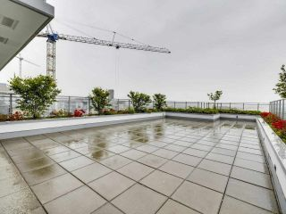 """Photo 16: 807 258 NELSON'S Court in New Westminster: Sapperton Condo for sale in """"THE COLUMBIA"""" : MLS®# R2575801"""