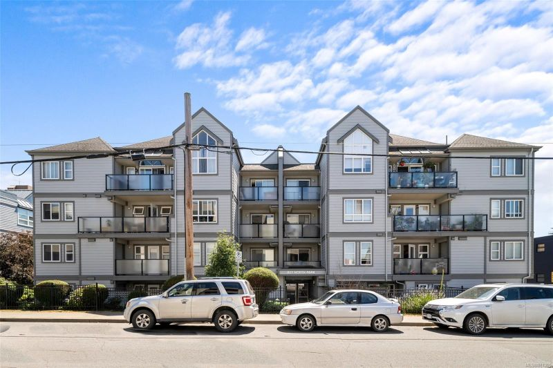 FEATURED LISTING: 103 - 827 North Park St