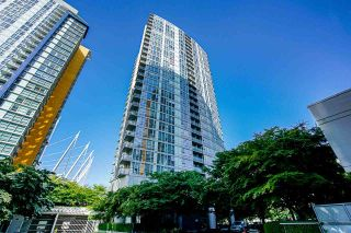 """Photo 1: 602 668 CITADEL Parade in Vancouver: Downtown VW Condo for sale in """"SPECTRUM 2"""" (Vancouver West)  : MLS®# R2590847"""