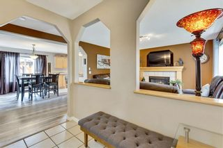 Photo 4: 955 PRESTWICK Circle SE in Calgary: McKenzie Towne Detached for sale : MLS®# C4257598