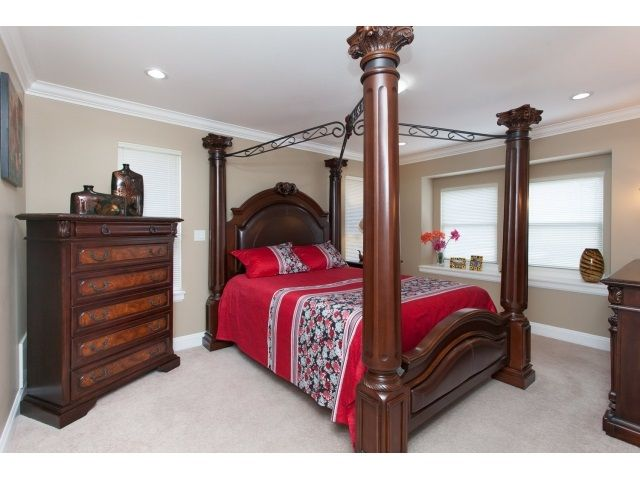 Photo 2: Photos: 14961 FRASER Highway in Surrey: Fleetwood Tynehead House for sale : MLS®# R2000597