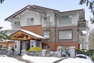 """Main Photo: 222 2083 W 33RD Avenue in Vancouver: Quilchena Condo for sale in """"DEVONSHIRE HOUSE"""" (Vancouver West)  : MLS®# R2341234"""