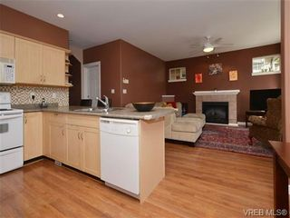 Photo 5: 863 McCallum Rd in VICTORIA: La Florence Lake House for sale (Langford)  : MLS®# 694367