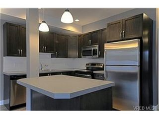 Photo 4:  in VICTORIA: La Langford Proper Row/Townhouse for sale (Langford)  : MLS®# 453474