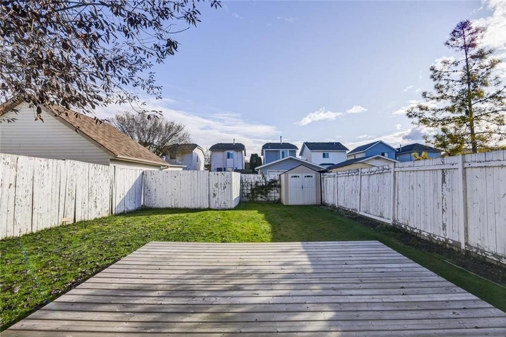 Photo 21: Photos: 62 RIVERCREST Circle SE in Calgary: Riverbend Detached for sale : MLS®# C4273736