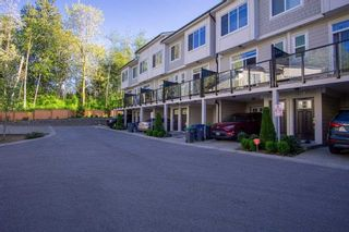 Photo 1: 29 13670 62 Avenue in Surrey: Sullivan Station Townhouse for sale : MLS®# R2573095