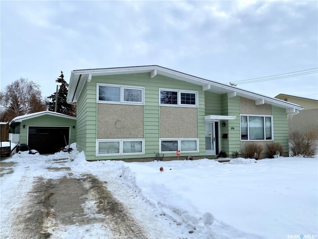 Main Photo: 148 MacLean Crescent in Saskatoon: Adelaide/Churchill Residential for sale : MLS®# SK839846