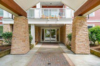 "Photo 4: 403 6450 194 Street in Surrey: Clayton Condo for sale in ""Waterstone"" (Cloverdale)  : MLS®# R2574170"