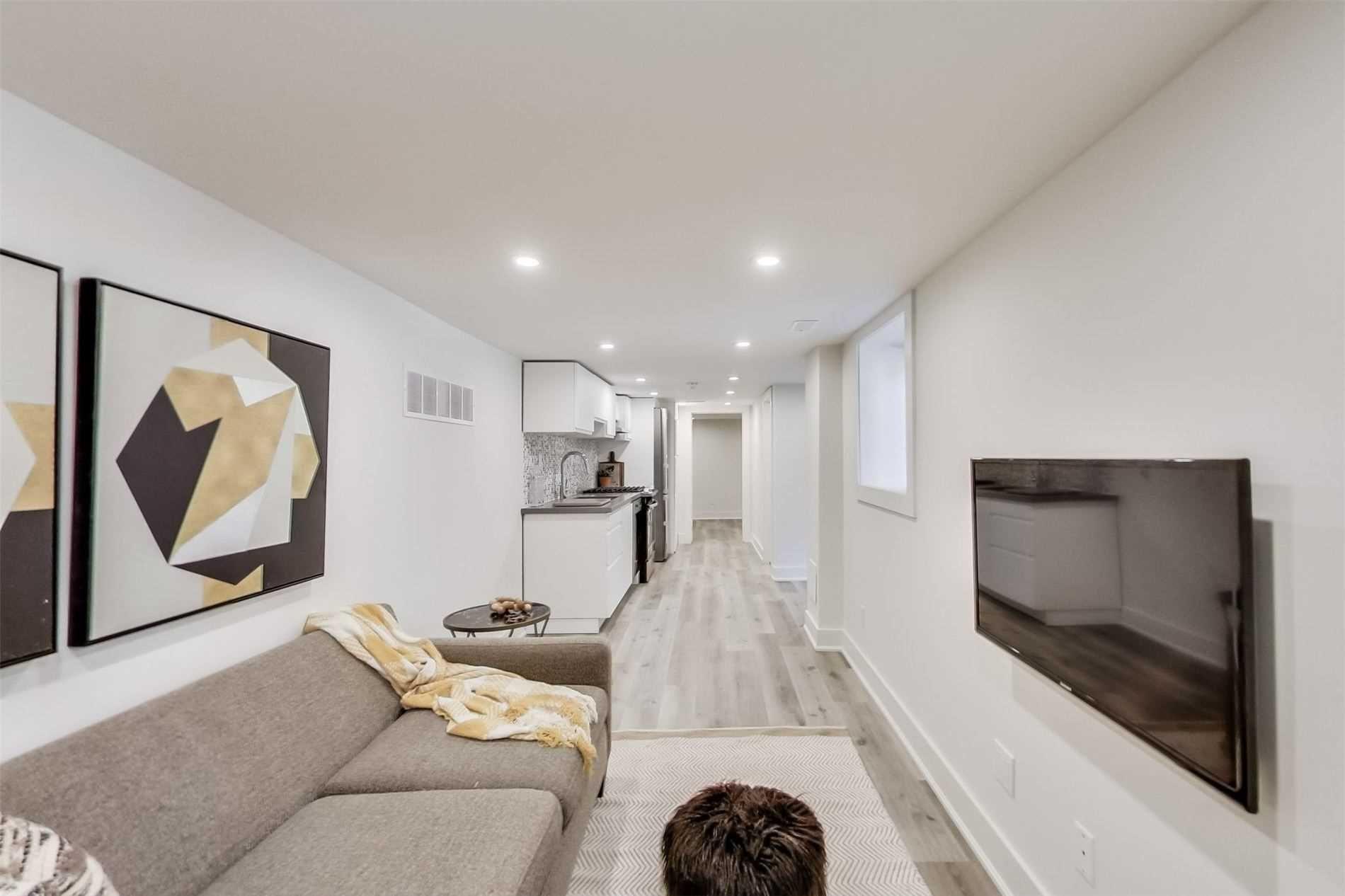 Photo 5: Photos: 501B Carlaw Avenue in Toronto: South Riverdale House (2 1/2 Storey) for lease (Toronto E01)  : MLS®# E4800704