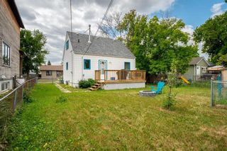 Photo 3: 407 Sydney Avenue in Winnipeg: East Kildonan Residential for sale (3D)  : MLS®# 202116754
