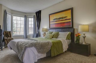 Photo 18: 208 Mt Selkirk Close SE in Calgary: McKenzie Lake Detached for sale : MLS®# A1104608