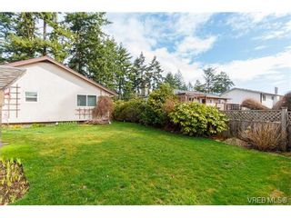 Photo 19: 425 Tipton Ave in VICTORIA: Co Wishart South House for sale (Colwood)  : MLS®# 753369