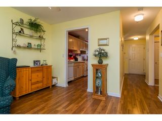 Photo 8: 203 20240 54A AVENUE in Langley: Langley City Condo for sale : MLS®# R2194442