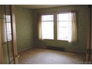 Photo 9: SIDNEY REAL ESTATE = SIDNEY CONDO SOLD With Ann Watley. Call (250) 656-0131